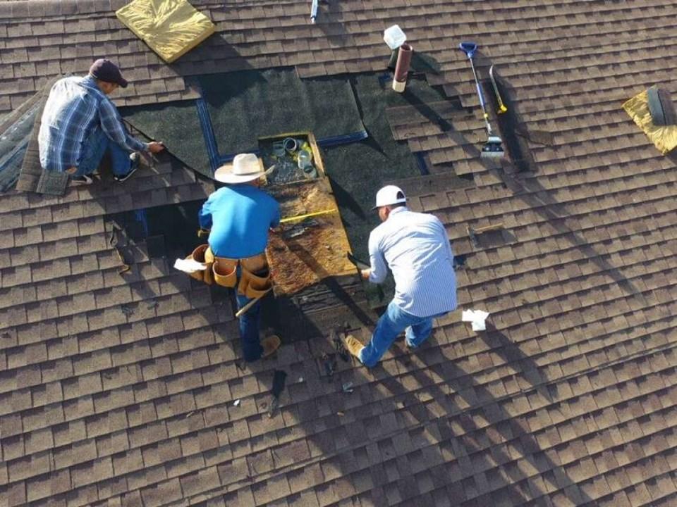 Faut-il remplacer ou réparer le toit ?