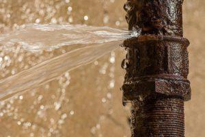Fuite d'eau dans l'habitation les signes à reconnaître